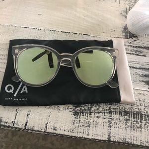Quay Sunglasses clear frame